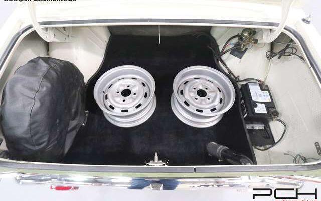 Ford Autre Cortina Lotus MKII (RHD)