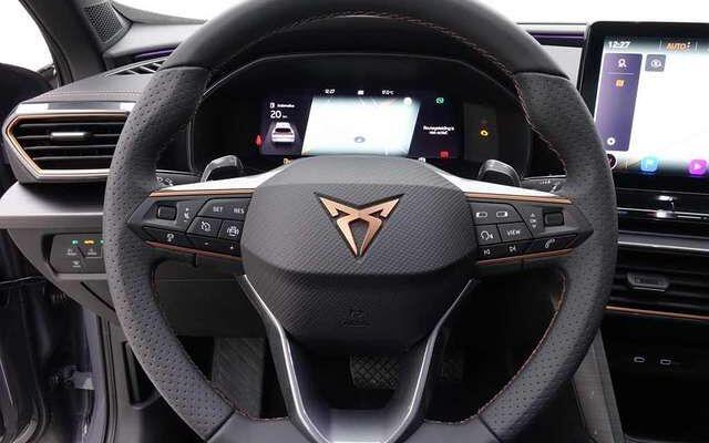 Cupra Formentor 1.5 TSi 150 DSG + GPS + Panoram + Alu18 Performanc