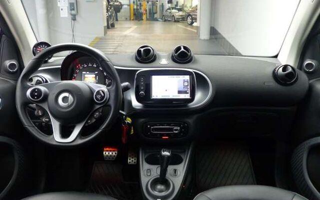 Smart Brabus 0.9 Turbo DCT * JBL * Camera * Navigation *