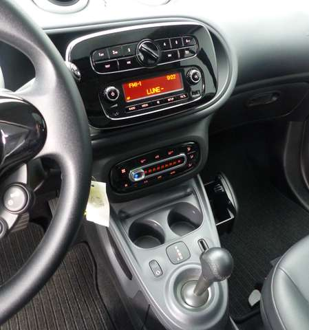 Smart fortwo 0.9 Turbo * DCT * LED * Toit Pano * Parktronic arr