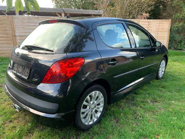 Peugeot 207 1.4 HDi Sporty