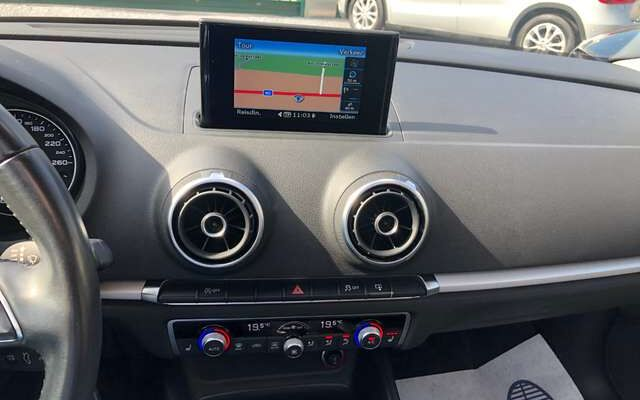 Audi A3 1.6 TDi LEDER GPS PANO/DAK VERW/ZETELS PDC EURO6