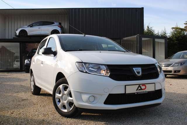 Dacia Sandero 1.2i. Slechts 42.000 km! 12 maanden garantie