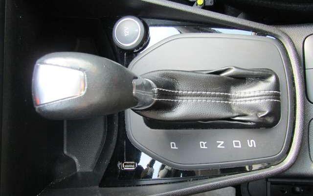 Ford Fiesta 1.0 EcoBoost Boite/Auto 5 P. + Options Gar.12 Mois