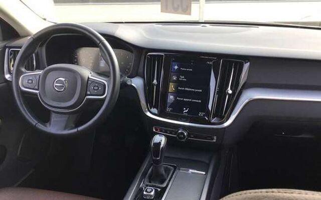 Volvo V60 Momentum Pro D3 diesel