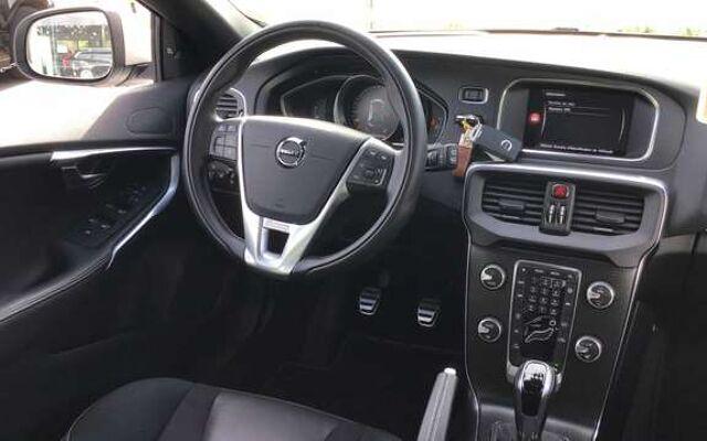 Volvo V40 Sport Edition D2