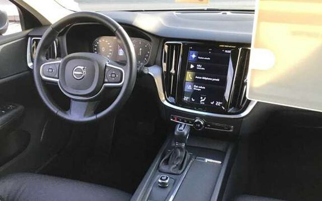 Volvo V60 II Momentum D3 Geartronic