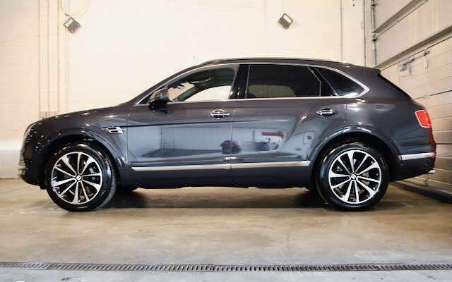 Bentley Bentayga 6.0 W12-  4 Seats Spec- City/Touring Spec-Mulliner