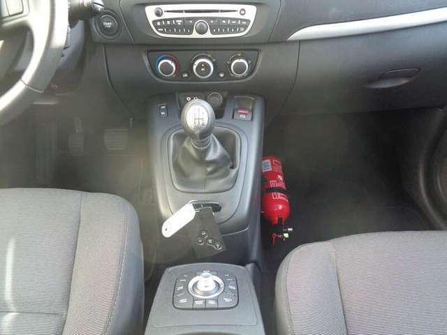 Renault Scenic 1.6i inclusief 2 JAAR garantie!