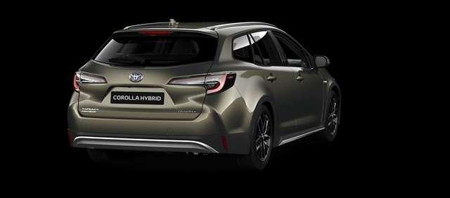 Toyota Corolla Touring Sports 1.8 HYBRID e-CVT Trek + Business Pa