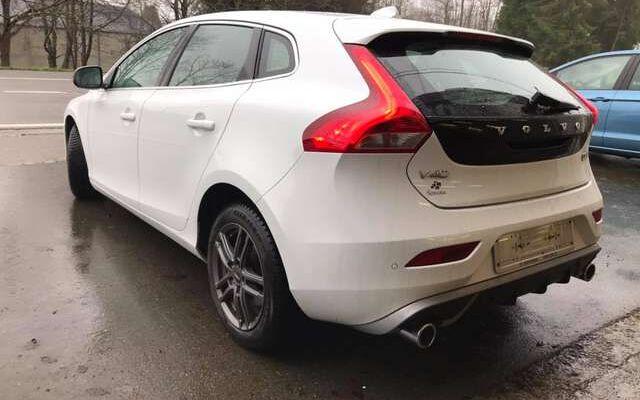 Volvo V40 2.0 D2 Sport Edition - R-Design -Kit hiver compris