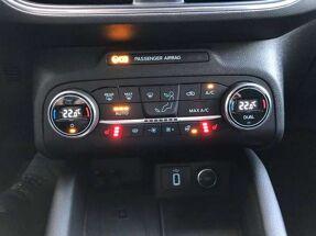 Ford Focus 1.5 diesel Titanium -Full led- GARANTIE 09-2025 !!