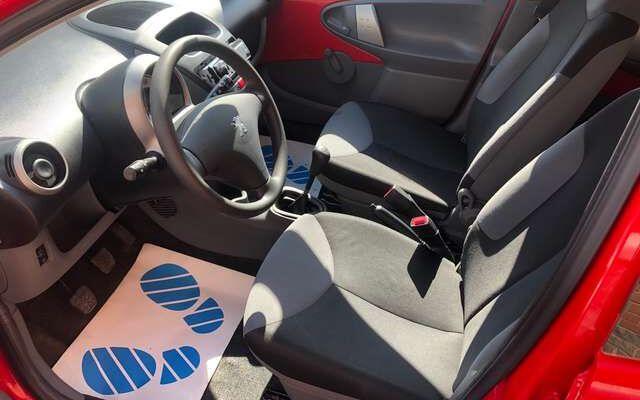 Peugeot 107 1.0i   5 portes EURO 5 garantie 1 an carpass