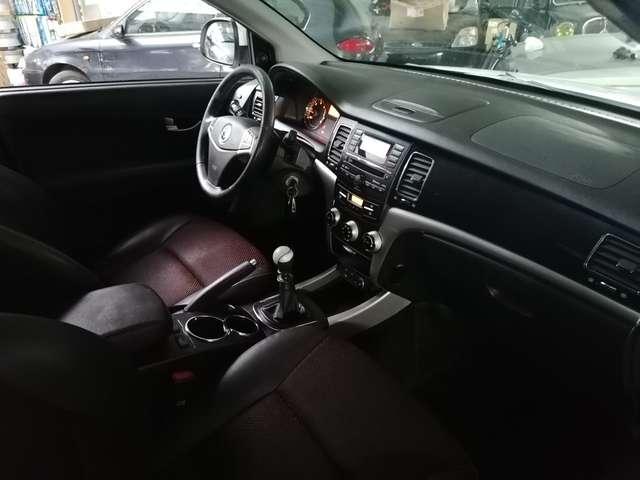 SsangYong Korando 2.0 e-XDi200 Quartz 2WD