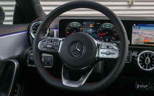 Mercedes CLA 220 Shooting Brake AMG