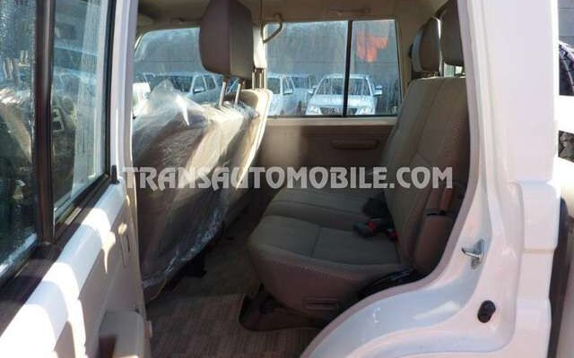 Toyota Land Cruiser 79 HZJ 79 Double cabin - EXPORT OUT EU TROPICAL VE