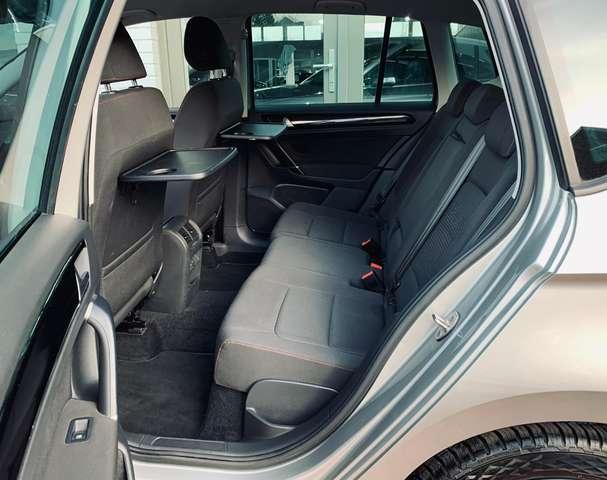 Volkswagen Golf Sportsvan 1.6 CRTDi Sound DSG Gps/Clim Digital/Front Assit..