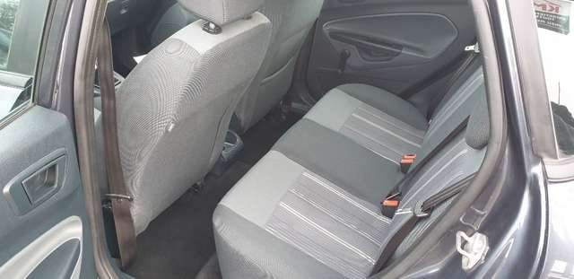Ford Fiesta 1.25i**GARANTIE 12 mois **AIRCO**