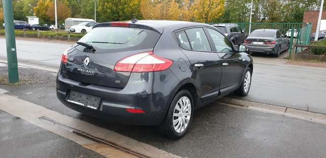 Renault Megane 1.5 dCi TomTom Edition**88.000km**110ch**