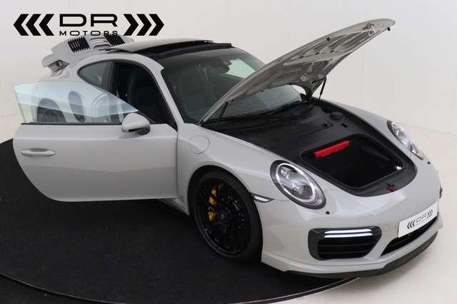 Porsche 911 3.8 Turbo S PDK *LED-Burmester-Adaptive-Pano*