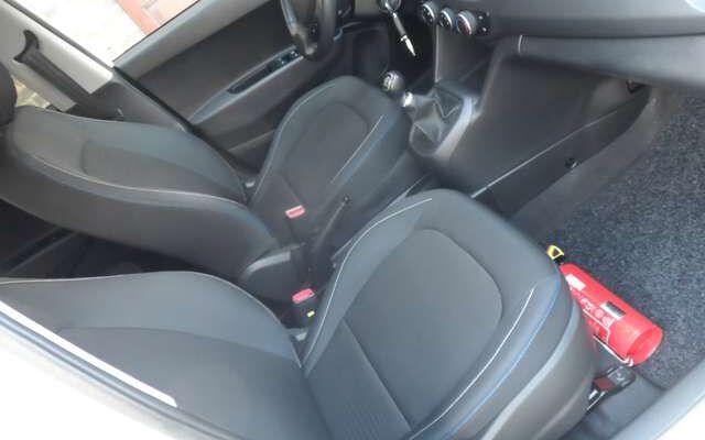 Hyundai i10 1.0i Blackline
