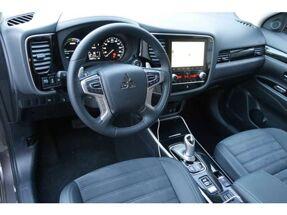 Mitsubishi Outlander Hybrid - Diamond - 4WD - GPS - Camera - LED - DAB