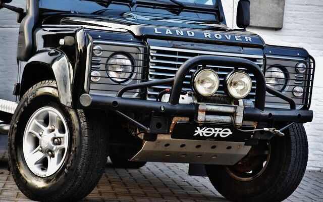 Land Rover Defender 90 2.2 TD ***EURO 5 / WINCH / AIRCO***