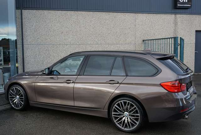 BMW 318 d  Airco/Navi/Leder/2014/132Dkm/**Garantie**