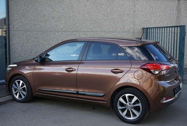 Hyundai i20 1.0i Play Benzine/32dkm/2018/Navi/Camera/Garantie
