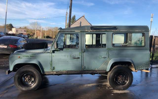 Land Rover Defender 2.5 TDi County / A EMPORTER !!!
