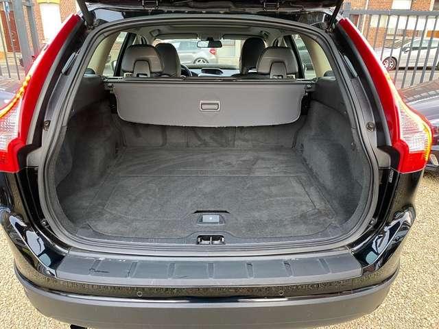 Volvo XC60 2.0 D4  CUIR*AUTOMATIQUE*GARANTIE 12 MOIS*
