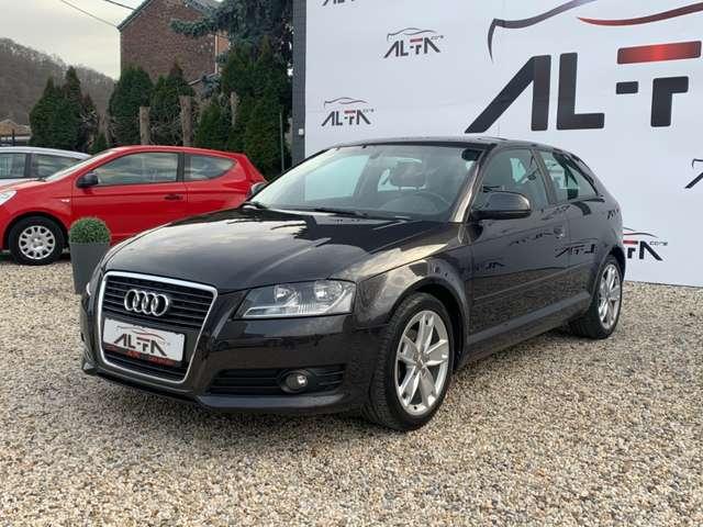 Audi A3 1.6 TDi * GPS * EURO 5 * 1 ER MAIN * KIT HIVER *