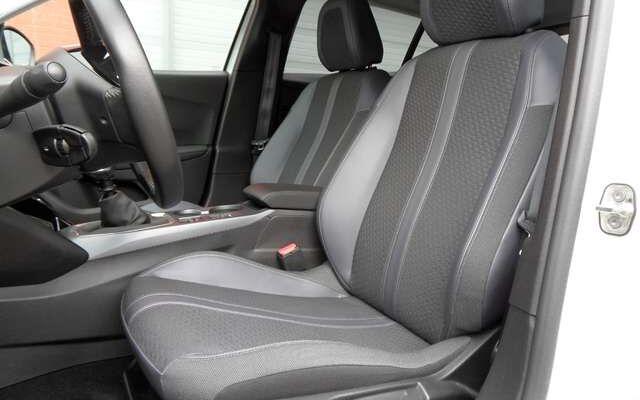 Peugeot 2008 1.2 PureTech Allure - Garantie 12M