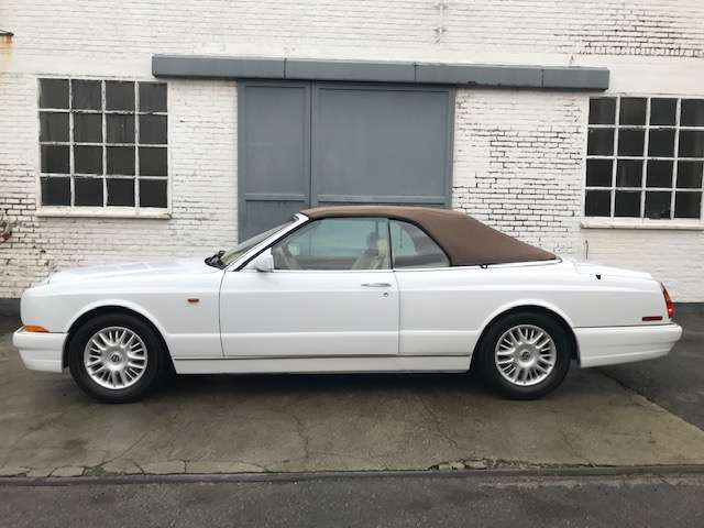 Bentley Azure 6.75 Turbo V8