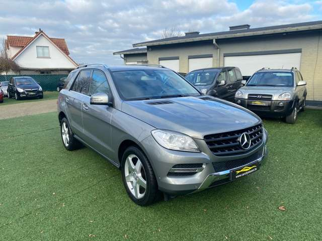 Mercedes ML 250 BlueTEC°4X4°LEDER°AMG VELG°EURO6
