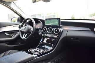 Mercedes C 220 d 4-MATIC / LED / NAVIGATION / APPLE CARPLAY