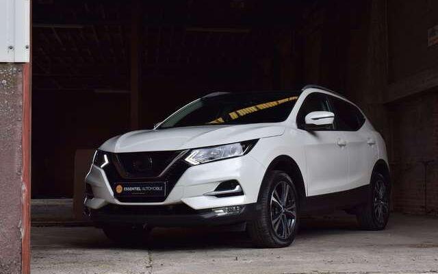 Nissan Qashqai 1.2 DIG-T N-Connecta + Pack Design / Toit pano