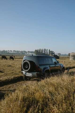 """Land Rover Defender / belgian car / no inscription / blackpack / 19"""""""