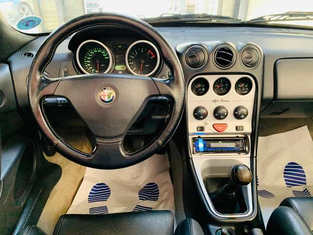 Alfa Romeo Spider 2.0i 16v TS Lusso * clim * carnet *