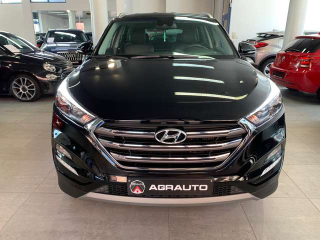 Hyundai Tucson 1.7 CRDi 2WD Business comme neuve garantie 1 an!!!