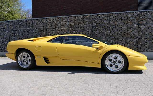 Lamborghini Diablo 5.7i V12