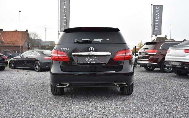 Mercedes B 180 D AUTOMAAT / URBAN / LED / NAVIGATIE / NIGHT PACK