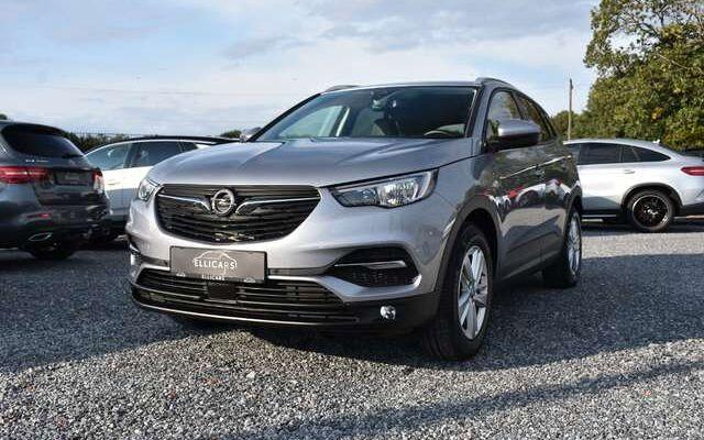 Opel Grandland X 1.5 TURBO D / AUTOMAAT / BUSINESS / CARPLAY / GPS