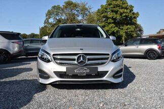 Mercedes B 180 D AUTOMAAT / LED / CAMERA / NAVIGATIE / LEDER
