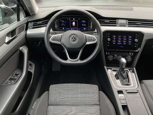 Volkswagen Passat Variant 1.5 TSI Style OPF DSG - Virtual cockpit