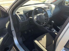 Mitsubishi ASX 2.0i 2WD Intense - Sterling silver