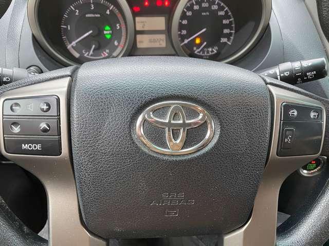 Toyota Land Cruiser 3.0 D-4D Legend