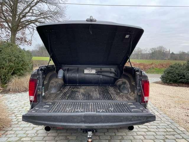 Dodge RAM V E R K O C H T  door   4X4ONLY te HAM