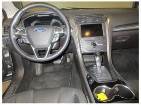 Ford Mondeo EcoBoost Titanium AUT