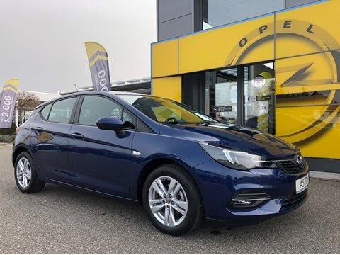 Opel Astra Demowagen met alu velgen, navi, camera en autom. airco!!